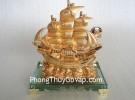 Thuyền buồm vàng H451G