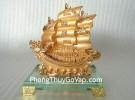 Thuyền buồm vàng nhỏ H453G