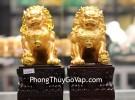 Sư tử vàng đế gỗ C125A