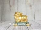 Vua heo vàng ôm gậy như ý vàng đế thuỷ tinh LN038