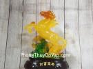 Thần ngựa cam vàng lưu ly trên trúc ngọc xanh đế gỗ LN126
