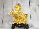 Vua ngựa vàng bóng trên núi đá vàng đế gỗ  LN132