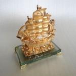 H451G.2 150x150 Thuyền buồm vàng H451G
