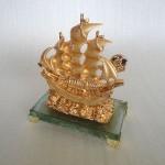 H451G.3 150x150 Thuyền buồm vàng H451G