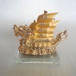 H452G.1 150x150 Thuyền buồm rồng vàng H452G
