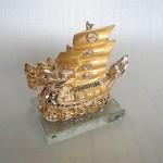 H452G.2 150x150 Thuyền buồm rồng vàng H452G