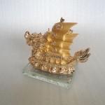 H452G.3 150x150 Thuyền buồm rồng vàng H452G