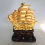 H454G.1 150x150 Thuyền buồm vàng H454G