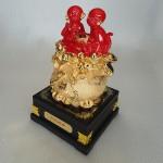 K029M 2 150x150 Gia đình khỉ đỏ trên túi vàng K029M