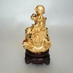 K047M 1 150x150 Khỉ dâng vàng trên giỏ tài lộc K047M