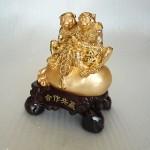 K066M 2 150x150 Khỉ tài lộc ngồi túi vàng K066M
