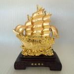 K165M 150x150 Thuyền buồm vàng K165M