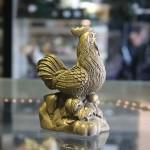 d252.1 150x150 Gà đồng đứng trên nén vàng nhỏ D252