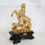 g101a ngua vang nhu y 1 150x150 Ngựa trên như ý trên đống tiền G101A