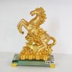 g107a ngua nen vang 150x150 Ngựa vàng trên kim nguyên bảo G107A