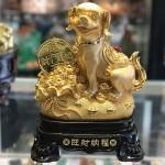 CHO VANG KEO BAO TAI VANG C019A 1.JPG1 150x150 Chó vàng đứng trên bao tải tài lộc C019A