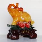 c116a voi vang ben mau don 1 150x150 Voi ngọc vàng trên núi đá xanh mẫu đơn C116A