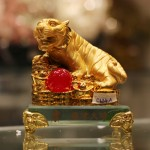 c124a ho vang de thuy tinh 150x150 Hổ vàng trên đống tiền vàng đế thủy tinh C124A