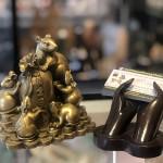D293 3.jpg 150x150 Hoàng gia ngũ tí chuột đồng trên đống tiền vàng D293