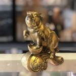 D299 2.jpg 150x150 Đế vương heo đồng ngậm xâu tiền trên kim nguyên bảo như ý D299