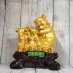 ln030 gia dinh heo vang 2.jpg 150x150 Hoàng gia bảy heo vàng trên đống tiền LN030