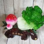 ln073 bap cai dao tien 1.jpg 150x150 Bắp cải xanh lớn bên đào tiên đỏ đế gỗ LN073