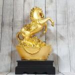 ln123 ngua vang tren kim nguyen bao 1.jpg 150x150 Vua ngựa vàng bóng trên kim nguyên bảo khủng LN123