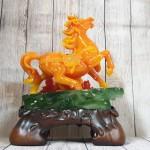 ln124 ngua cam may man 1.jpg 150x150 Nữ hoàng ngựa cam ngọc trên núi ngọc mẫu đơn cam đế gỗ LN124