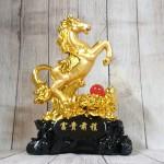 ln128 ngua vang chau do 2.jpg 150x150 Vua ngựa vàng bóng trên núi mẫu đơn vàng hồng ngọc đế gỗ LN128