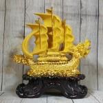 ln139 thuyen buom dau rong sa kim 1.jpg 150x150 Thuyền buồm đầu rồng vàng kim sa bóng lướt sóng vàng bánh lái xanh ngọc LN139