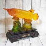 ln166 ca kim long luu ly 1.jpg 150x150 Thần cá kim long cam ngọc lưu ly trên túi kim bảo lá sen đế gỗ lớn LN166