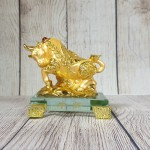 ln177 trau vang nho 2.jpg 150x150 Đại vương trâu vàng bóng mão tiền vàng dũng mãnh trên núi đá vàng đế thuỷ tinh nhỏ LN177
