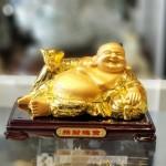 ln190 phat di lac vang 2.jpg 150x150 Phật di lạc vàng bóng tay cầm nén vàng nằm trên túi tài lộc vàng đế gỗ LN190