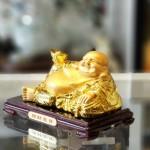ln190 phat di lac vang.jpg 150x150 Phật di lạc vàng bóng tay cầm nén vàng nằm trên túi tài lộc vàng đế gỗ LN190